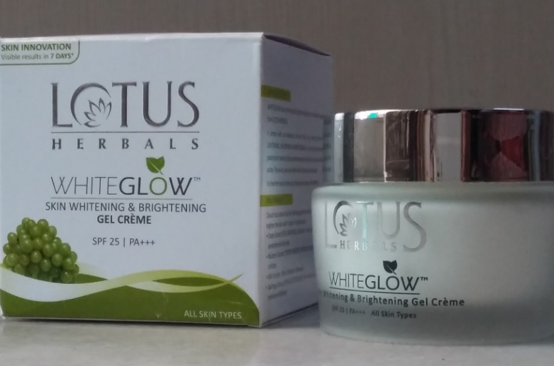 Lotus Whiteglow Skin Whitening Creme Review