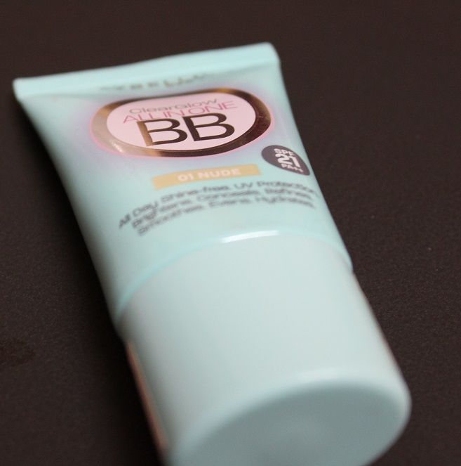 Review of Maybelline Clear Glow Bright Benefit Cream